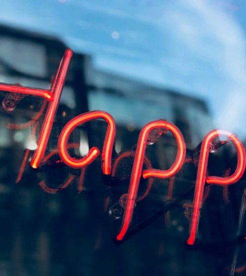 Felicidad, sin tiranía ni utopía
